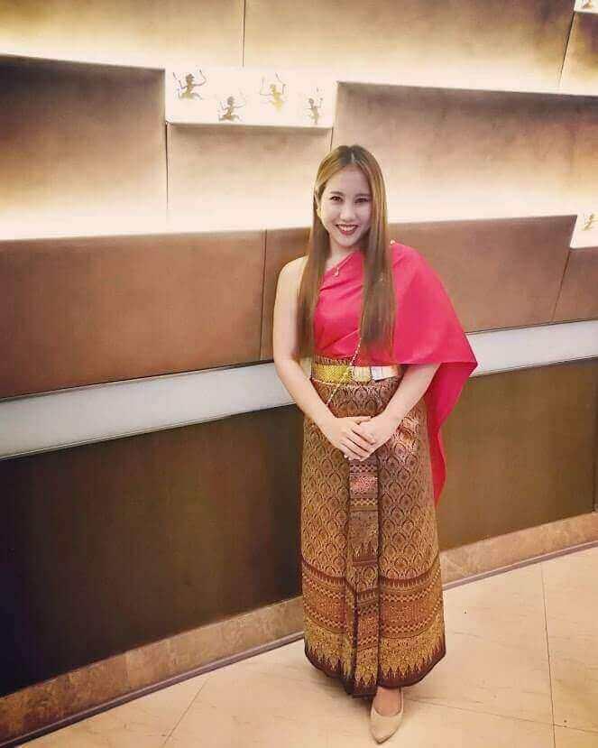 เช่าชุดไทยสไบเฉียง